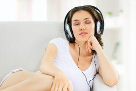 la-manequeen-avem-proriul-nostru-top-muzical-in-studio-min1-1-280x187
