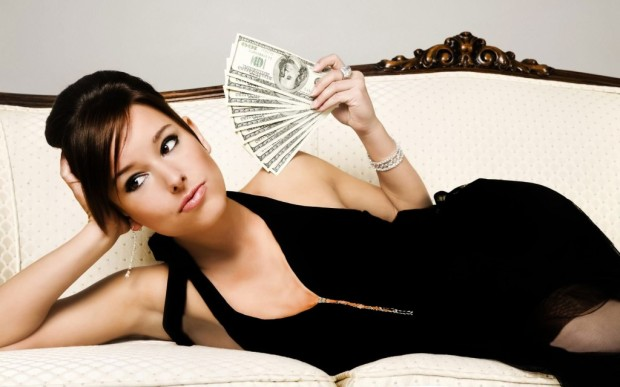 womanwithmoney-1024x640