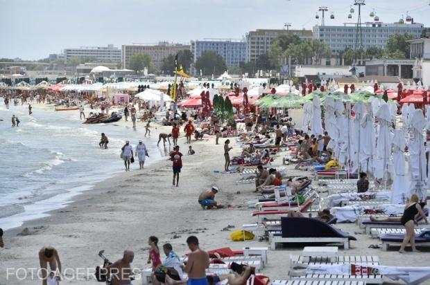 litoralul-pentru-toti-2019-care-sunt-hotelurile-unde-se-pot-caza-cei-ce-vor-o-vacanta-mai-ieftina-612795.jpeg